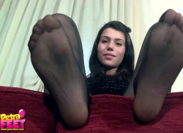 Petra Feet